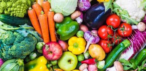 Good for body and spirit: fruit and vegetables are happier and more satisfied power all around