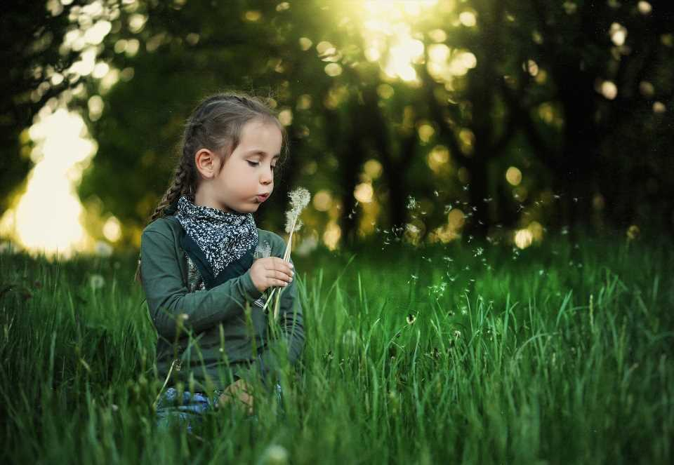 Contact with nature during childhood could lead to better mental health in adulthood