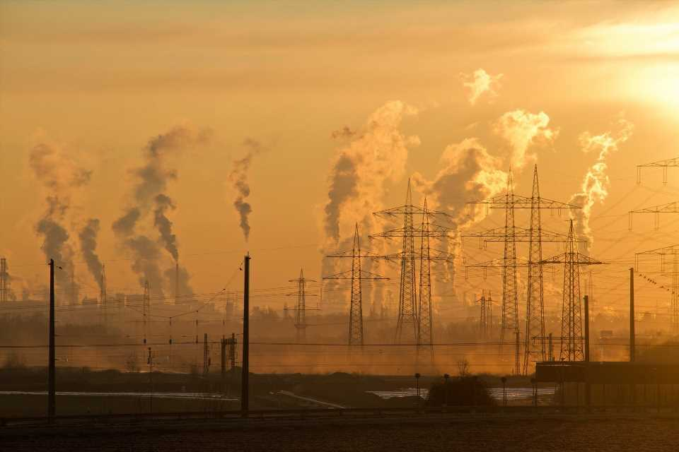 Air pollution speeds up aging of the lungs and increases chronic lung disease risk