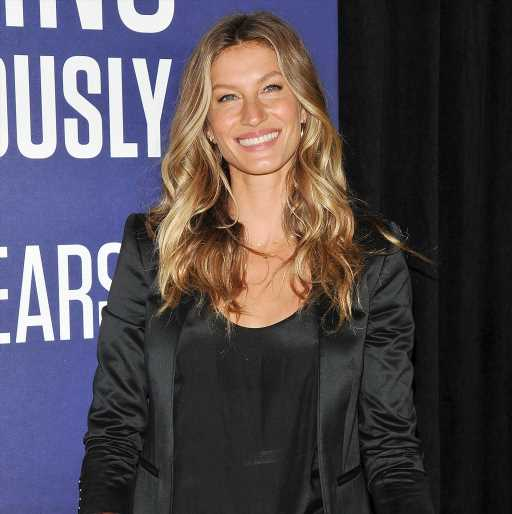 From Bleeding Nipples to Low Milk Supply: Gisele, Khloé, Chrissy and More Get Real About Breastfeeding
