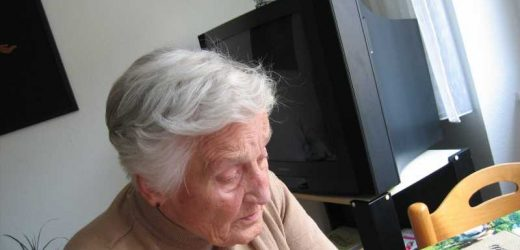 Non-pharmacologic treatments may be more effective for psychiatric symptoms of dementia