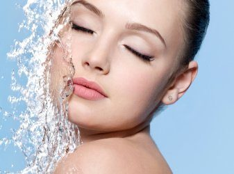 The Miraculous Effects Water Has On Our Skin, Overall Health & Fitness