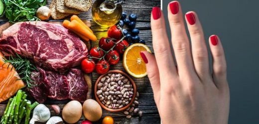 The visual clue on your hands or toes that could signal you have low vitamin B12 levels