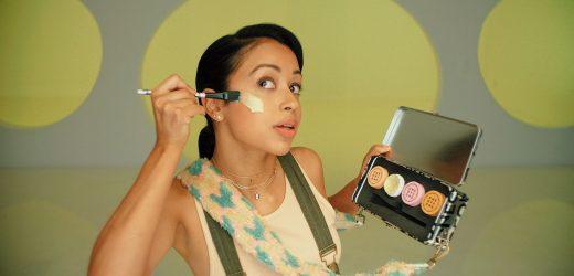 Liza Koshy Thinks She's a Beauty Guru