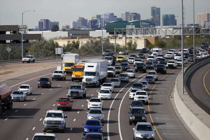 US traffic deaths fell 2% in 2019; 3rd straight yearly drop