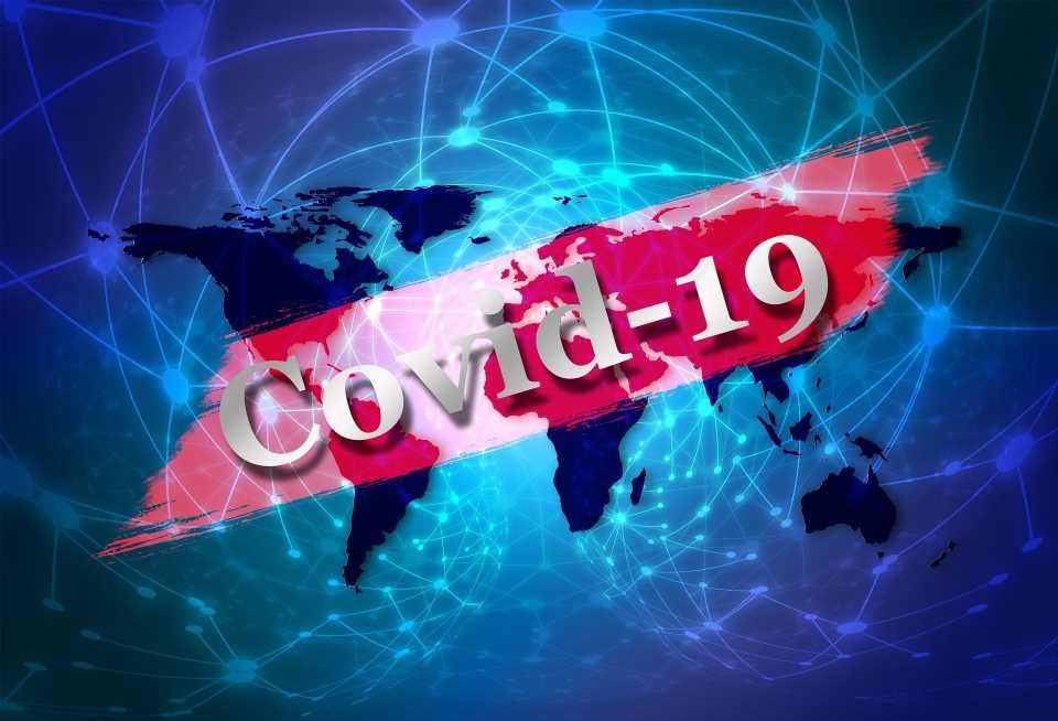 AstraZeneca COVID vaccine recommended for seniors in Canada