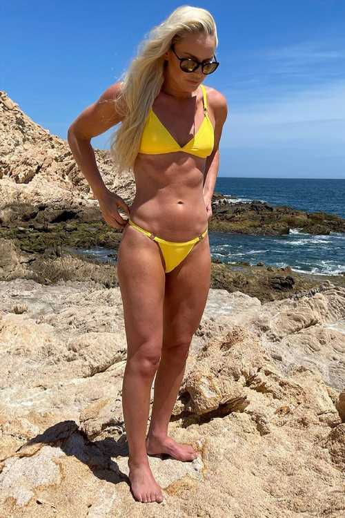 Lindsey Vonn Shows Off Her 6-Pack Abs: 'I've Been Working Hard in the Gym'