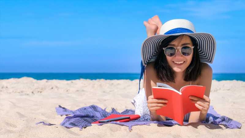 The Best Beach Reads For Summer 2021