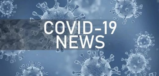 Vaccinated Officials in US, UK Test Positive for COVID-19